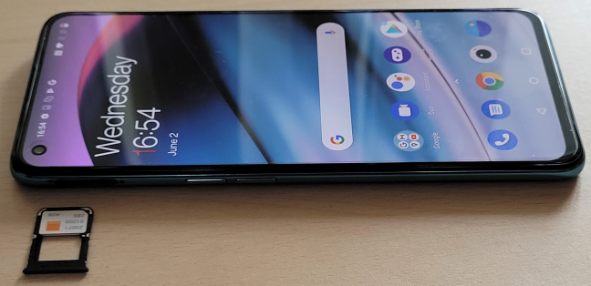 OnePlus Nord CE 5G are un ecran AMOLED de 90 Hz