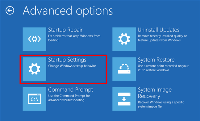 Întră în setările de pornire complexă din mediul de recuperare Windows 10