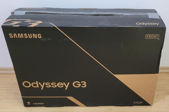 """Cutia în care vine Samsung 27"""" G35TF Odyssey"""