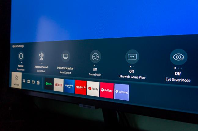 Meniul monitorului Samsung M5 este ușor de utilizat
