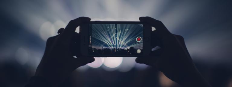 Filmeaza pe smartphone