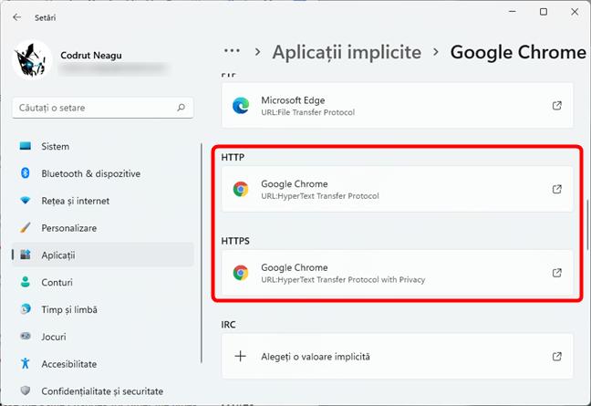 Browserul web selectat este setat ca implicit