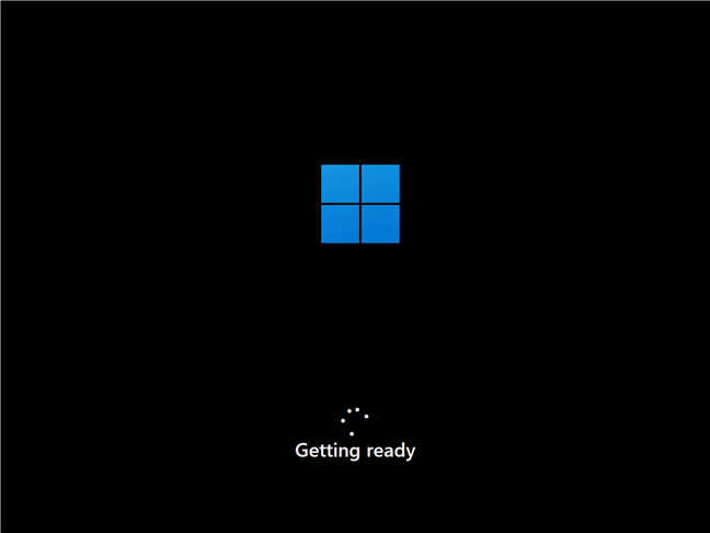 Windows 11 se pregătește să finalizeze instalarea