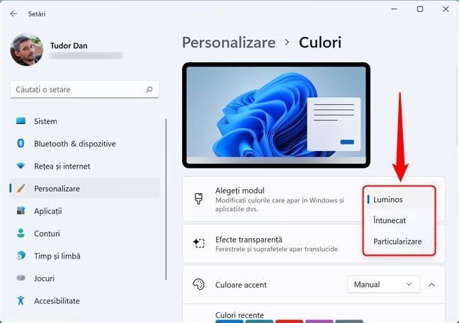Comutarea între Modul luminos și Modul întunecat în Windows 11