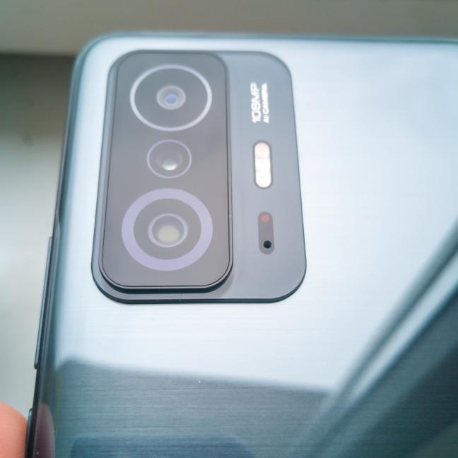 Camerele de pe spatele lui Xiaomi 11T