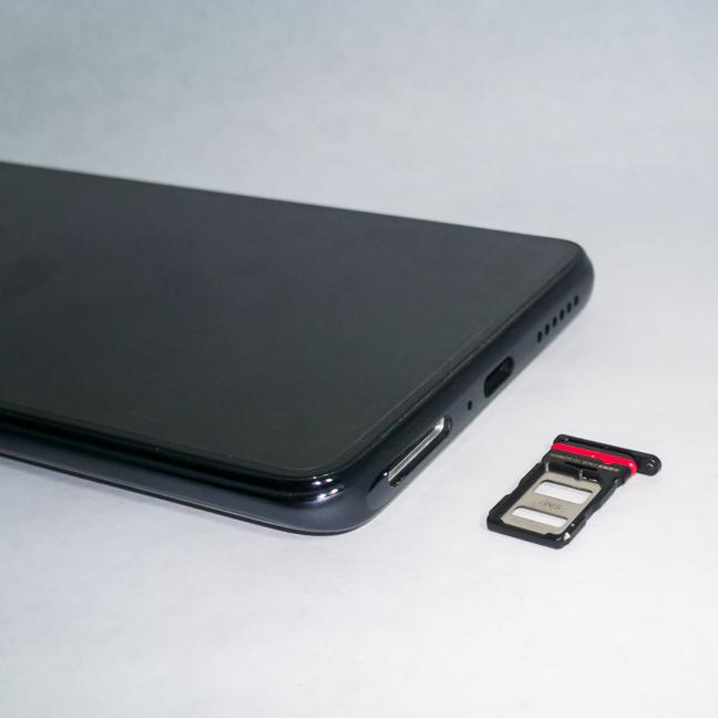Tăvița pentru cartele SIM a lui Xiaomi 11T